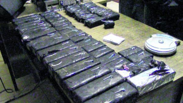 Incautan más de media tonelada de cocaína en Colombia. Fuente: Correo.
